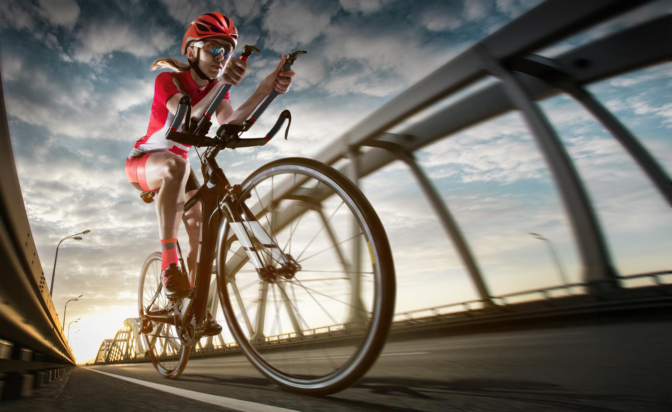Gut im Tritt: Richtig Radfahren beim Triathlon |