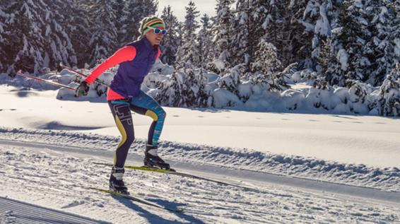 Vom Ski zum Trinksystem: Welche Ausrüstung man zum