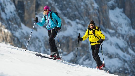 Skitourengehen: 8 Tipps zu Planung, Aufstieg und Abfahrt
